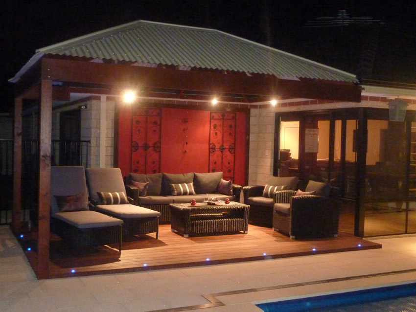 Queensland Homes Blog » The pros of LED deck lights » Queensland
