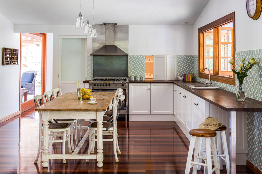 Home blogs arches and home on pinterest for Kitchen ideas for queenslanders