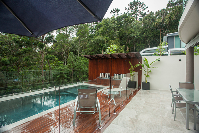 outdoor-pool-area