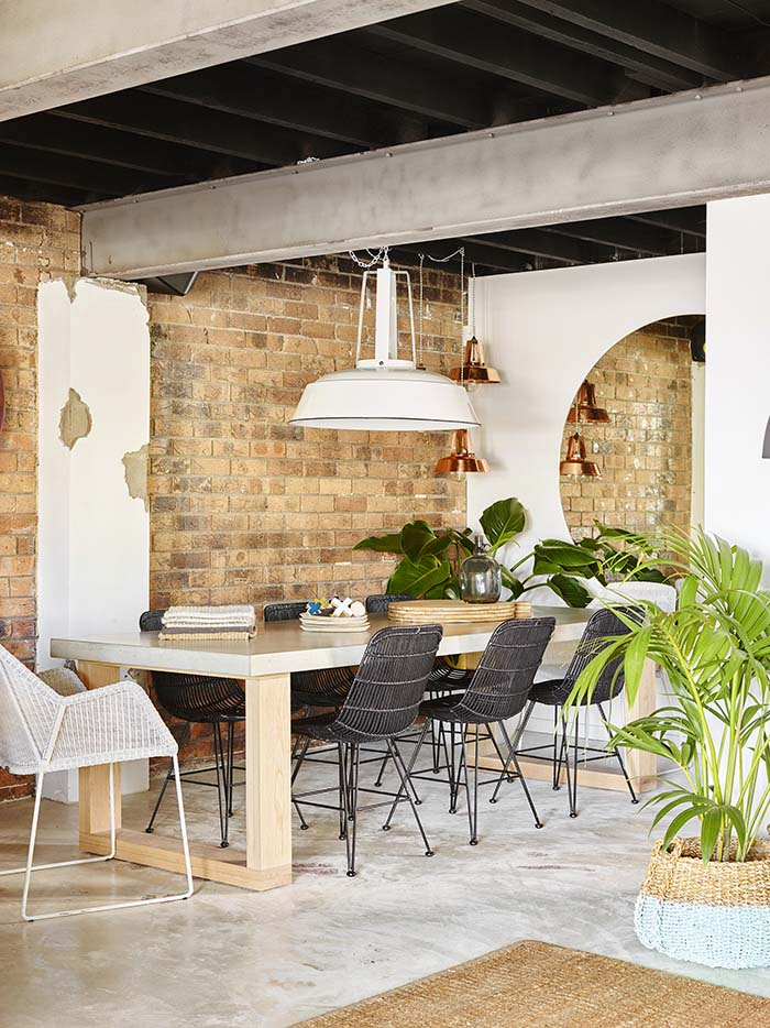 the-foundation-dining-table
