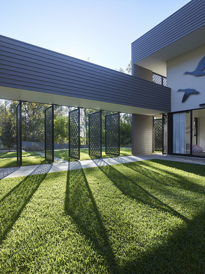 Screens - The Bird House by Jamison Architects