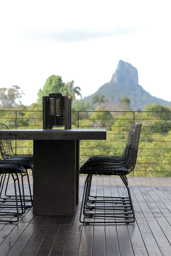 Glasshouse-Mountains-home_021