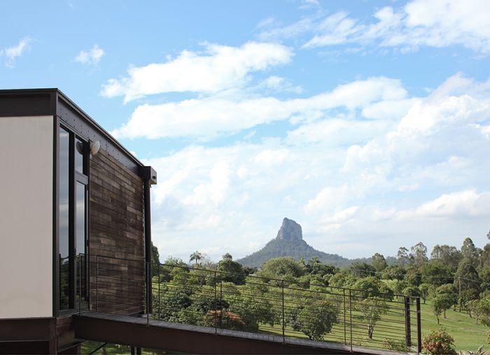 Glasshouse-Mountains-home_022