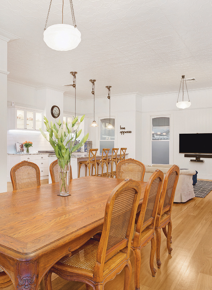 dining room in queenslander