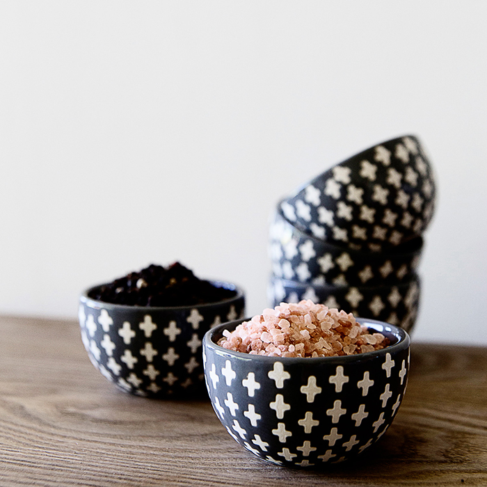 cross-detailed bowls