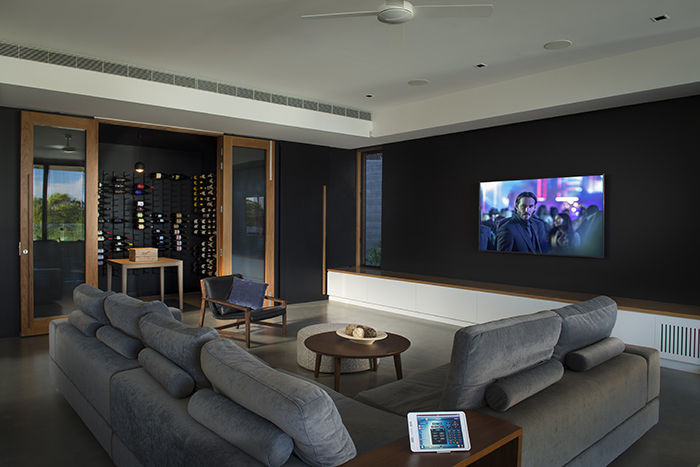 Electronic Living home theatre