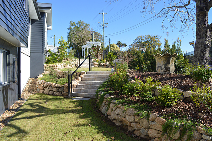 Residential 3 Category for projects valued between $70,001 and $100,000 Russ Berry Landscapes – Indooroopilly