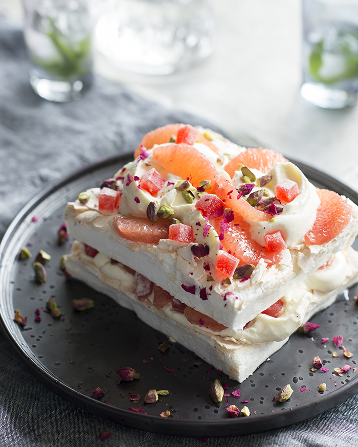 Layered Turkish delight pavlova -3