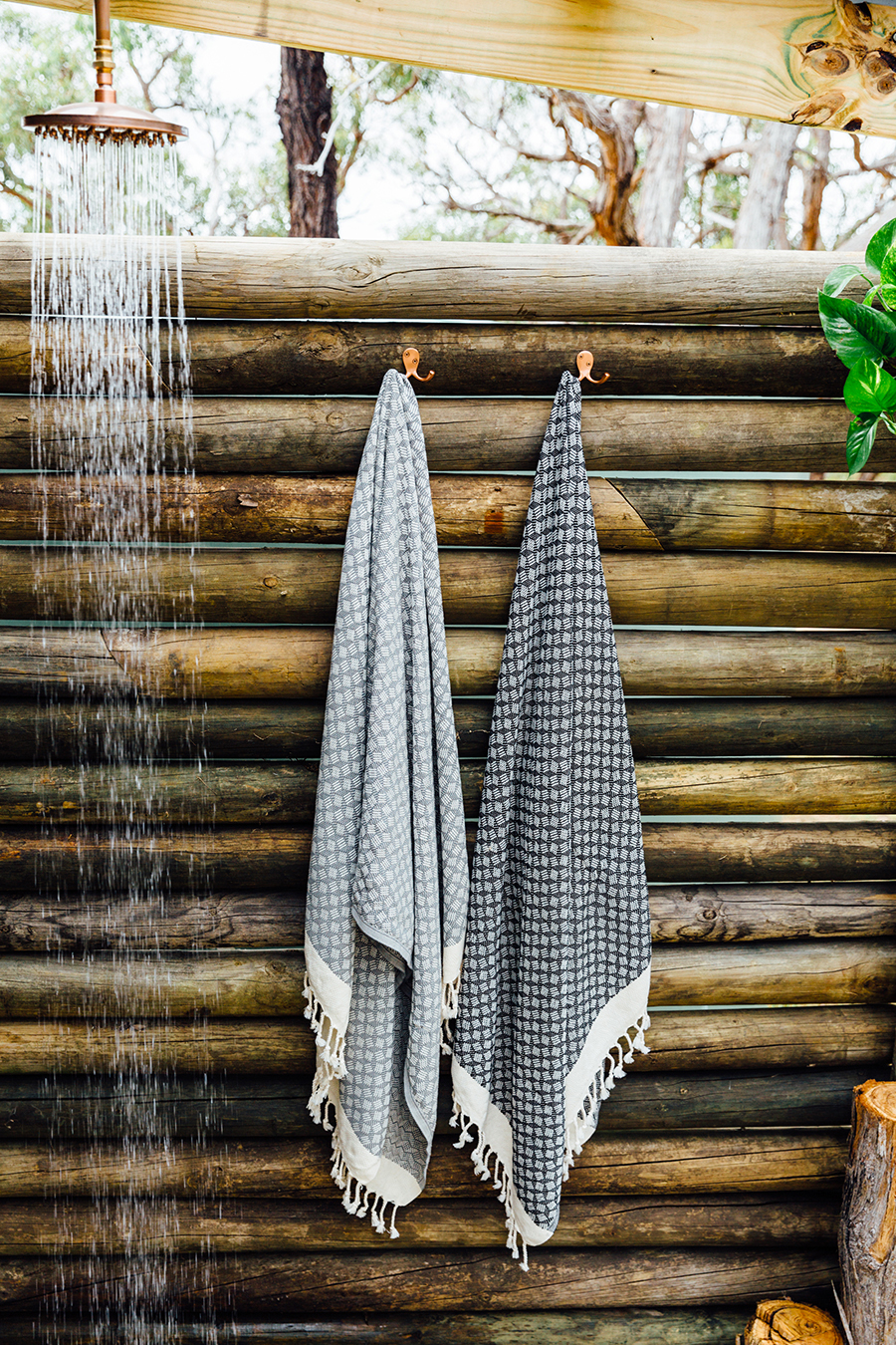 Loom Towels geo towels black grey