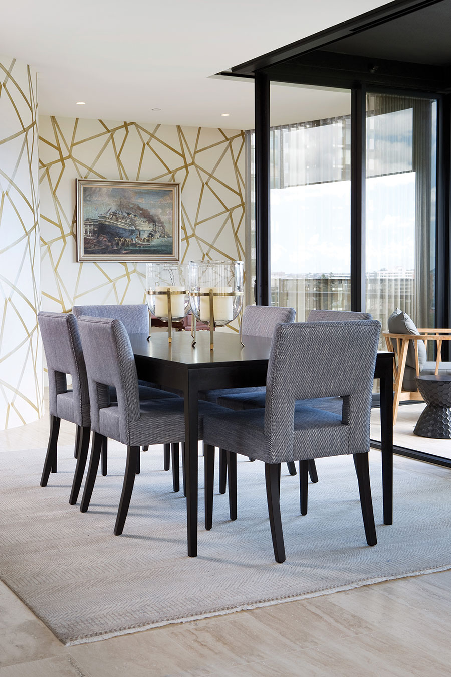 Queensland hoems Palm Interiors apartment dining