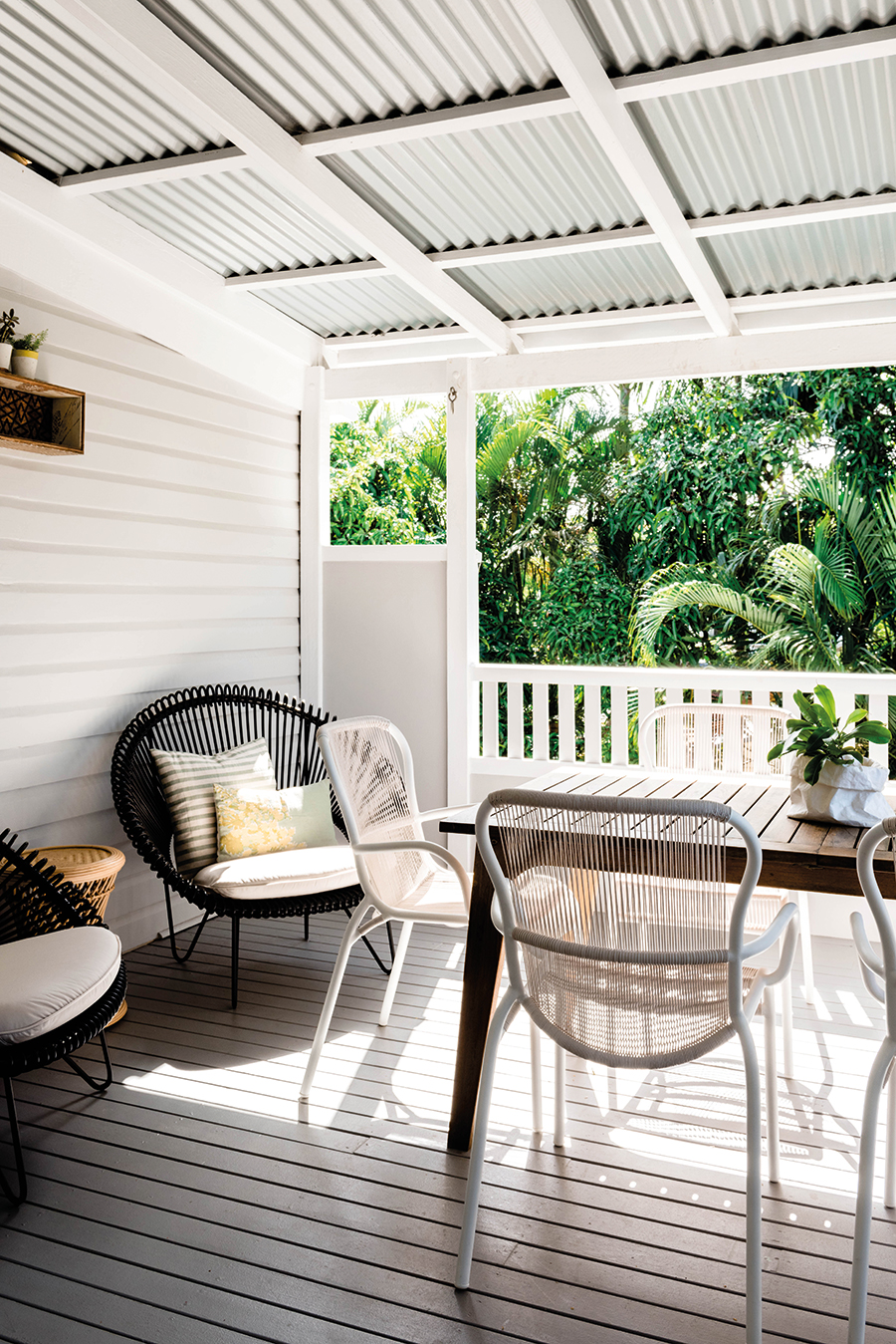 Connors and Co Queenslander home verandah styling