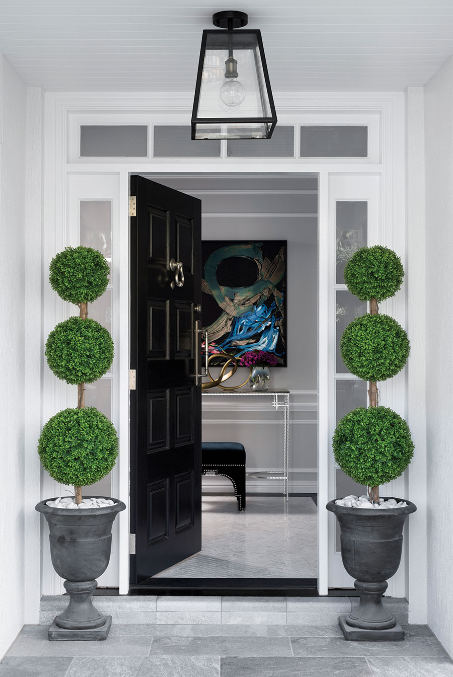 CG Design Studio grand home entrance