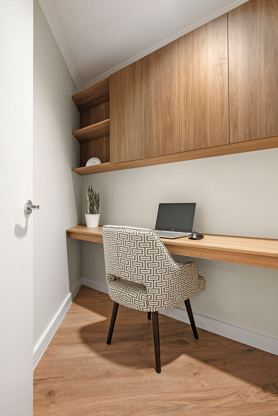 Earthborne by Design home office