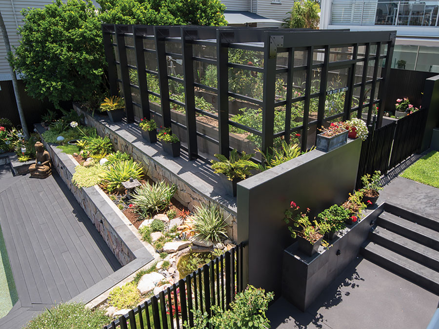 dion . seminara architecture Queenslander renovation landscape