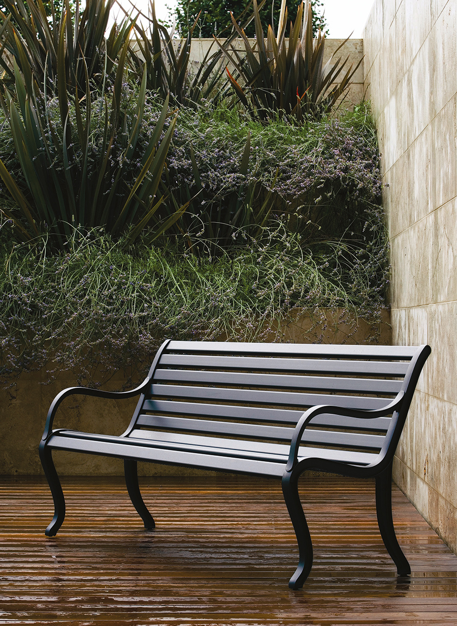 Fast Spa outdoor furniture Cotswold InOut Furniture