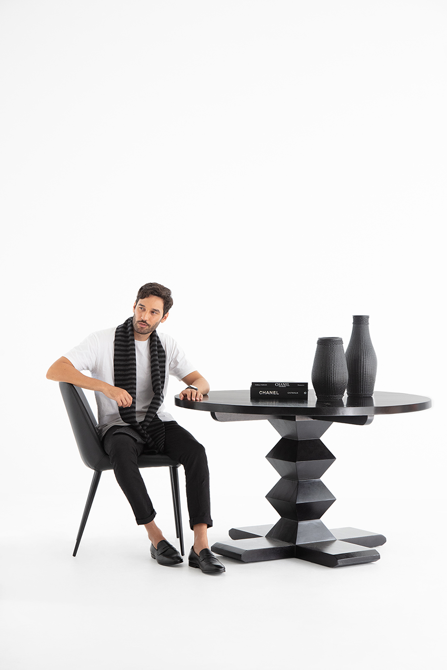 OZ Design Angus dining table
